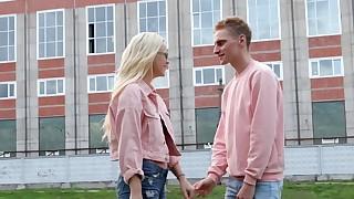 Blonde teen wet casual fuck