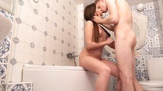 Teenagers fuck in bathroom and sofa