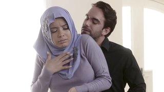 Teenage Ass-fuck In Her Hijab